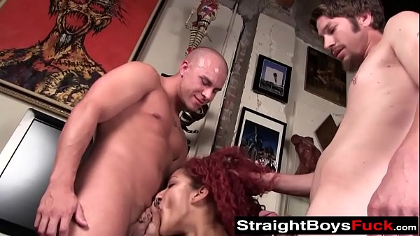 Threesome, Pussy stretching